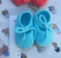 Felt Baby Shoes, Crochet Abbreviations, Knit Shoes, Crochet Designs, Baby Knitting, Knit Crochet, Color Turquesa, Lily, Dolls