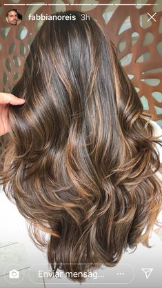 Long Wavy Ash-Brown Balayage - 20 Light Brown Hair Color Ideas for Your New Look - The Trending Hairstyle Brown Hair With Blonde Highlights, Brown Hair Balayage, Hair Color Balayage, Hair Highlights, Light Brown Hair, Dark Hair, Hair Color Caramel, Brown Hair Colors, Brunette Hair