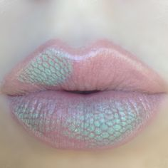 Hot #lips in soft-pastel-colours @stylexpert