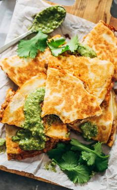 Quick & Easy Lentil Quesadillas Recipe - with melted Pepperjack cheese and a spicy lentil and brown rice filling. With vegan cheese and butter Vegetarian Recipes For Beginners, Healthy Recipes, Veggie Recipes, Mexican Food Recipes, Whole Food Recipes, Cooking Recipes, Vegetarian Mexican, Fast Recipes, Cooking Bacon