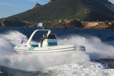 Wimbi Boats Pneumatique Bateau Yacht Semi-rigide Ocean W9i navigation Mer SCANNER