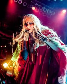 Epic Firetruck's Maria Brink & In This Moment ~ Maria Brink, Rock Queen, Garth Brooks, Phil Collins, Concert Photography, Stevie Nicks, Beautiful Gorgeous, Michael Jackson, Wonder Woman