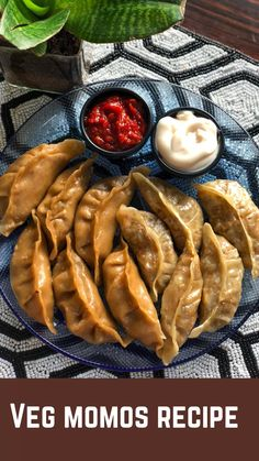 Easy Snacks, Healthy Snacks, Chaat Recipe, Momos Recipe, Spicy Recipes, Cooking Recipes, Vegetarian Fast Food, Indian Dessert Recipes, Food Dishes