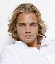 Hot Hairstyles for Men #longhairformen #wavyhair