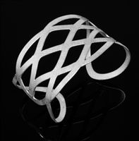Beautiful icy, silver jewelry can be found at kiosk F04 from Sumaq Design by Eduardo.
