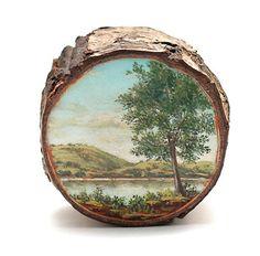 Paisaje pintado en un tronco de madera por Alison Moritsugu # Esta pieza artística o creativa juega con algo bastante esencial…