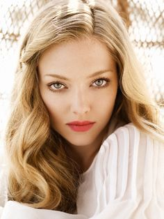 Amanda Seyfried: will always be my favorite actress. just obsessed with her and her style