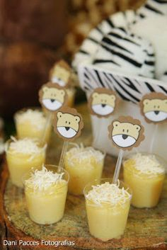 Festa de Aniversário - Tema Safari | Detalhes em Detalhes Jungle Theme Parties, Safari Birthday Party, Baby Party, Jungle Party, Lion Party, Lion King Party, Madagascar Party, Boy First Birthday, Baby Boy Shower