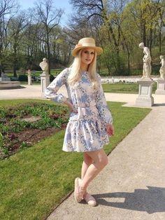 Buy the Sukienka Boho Mini from Rosarosie for women who love fantastic accessories. Cosmopolitan, Boho, Shirt Dress, Stuff To Buy, Shirts, Accessories, Mini, Dresses, Women