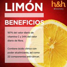 El limón estimula el sistema inmunológico por su alto contenido de antioxidantes en forma de vitamina C y su consumo regular puede ayudar a prevenir o acelerar su recuperación de un resfriado. Además tiene propiedades antibacterianas y antivirales: bajo pH del ácido cítrico que rompe la membrana celular de muchas cepas de bacterias dañinas - MEDICO HOMEOPATA IRIOLOGO, ACUPUNTURA, FLORES de BACH, PSICOTERAPIA DINAMICA - Calle SIMON BOLIVAR 397- CORDOBA -Capital- Argentina - Tel. (0351) 421…