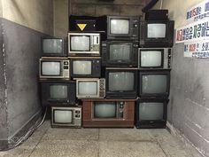 Old TVs http://ift.tt/1PwaAJe