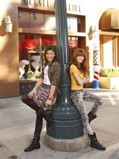 Shake It Up Photo: Cece and Rocky Photoshoot Disney Channel Stars, Disney Stars, Sporty Outfits, Urban Outfits, Teenage Outfits, Fashion Tv, Fashion Photo, Rocky Blue, Bella Thorne And Zendaya