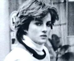 Resultado de imagen para rare and unseen photos of princess diana Lady Diana Spencer, Spencer Family, Prince And Princess, Princess Of Wales, Prince Harry, Real Princess, Elizabeth Ii, The Heir, Princess Diana Photos