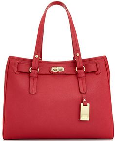 -Saffiano leather with gold-tone hardware -Double top handles with drop - x x Tote Handbags, Purses And Handbags, Tommy Hilfiger Handbags, Best Purses, Nice Purses, Louis Vuitton Artsy Mm, Beautiful Bags, Handbag Accessories, Tote Bag