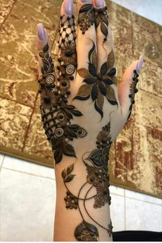 50 Most beautiful Chandigarh Mehndi Design (Chandigarh Henna Design) that you can apply on your Beautiful Hands and Body in daily life. Khafif Mehndi Design, Floral Henna Designs, Indian Mehndi Designs, Henna Art Designs, Mehndi Designs For Girls, Stylish Mehndi Designs, Mehndi Design Pictures, Wedding Mehndi Designs, Latest Mehndi Designs