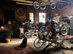 Motorcycle garage #motorcycles #motos | caferacerpasion.com