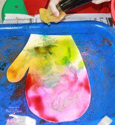 Mom to 2 Posh Lil Divas: Salt Watercolor Mitten Art in Preschool