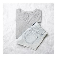 Stay simple in The Pocket Tee - available now on Z SUPPLY's online store!