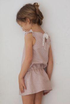 No sin Valentina: Vestido goma en la cintura de Lino de lunares rosa...la PERFECTA invitada!!