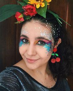 Que comece o Carnaval ✨ Makeup Jobs, Face, Instagram, Mariana, Carnival, Faces, Facial