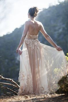 Blush Wedding Dress. Beautiful back. Lace back #weddingdress #blush #details