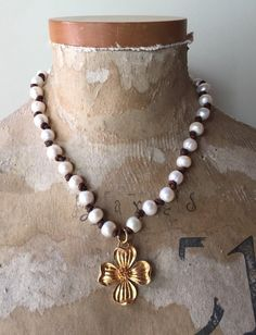 Pearl Necklace Pearl Necklaces Flower Leather by DanasLegacy