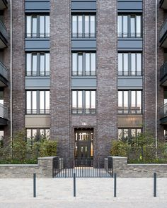 Manhattan-style Building in Duesseldorf/Germany - Gillrath Bricks