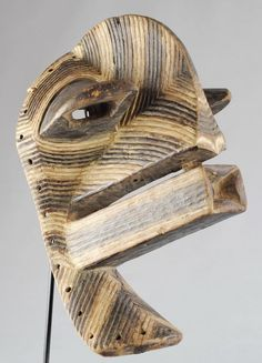 Masque Masculin Songye Kifwebe Mask CONGO Rdc MC0480 – Galerie de la Louve - Arts Premiers