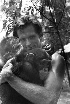 Tarzan-Ron Ely. We take our hugs where they're offered . Tarzan Actors, Tarzan Movie, Tarzan Of The Apes, Tarzan And Jane, Cartoon Network Adventure Time, Adventure Time Anime, Vintage Tv, Vintage Movies, Tv Icon