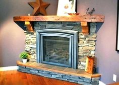 Most current Screen Gas Fireplace remodel Popular There's only a very important factor better than the usual roaring fire on a wintry night: a roari Corner Gas Fireplace, Small Fireplace, Home Fireplace, Fireplace Remodel, Fireplace Design, Fireplace Ideas, Fireplace Refacing, Basement Fireplace, Foyers