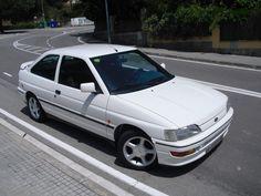 Ford escort XR3i.