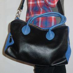 Bolso de piel Vicky con Camisa Tree ideal entra a www.myleov.es #bolsos #moda #accesorios #complementos #mujer #look #totallook #lookoftheday