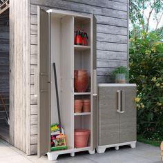 Vysoká plastová skříň italského výrobce Keter Wood Grain vyniká jak po stránce designu, tak kvalitním zpracováním a funkčností. Díky dělenému vnitřnímu prostoru a variabilním umístěním polic je ideálním pomocníkem pro skladování a přehlednost vašich garáží, zahrady a teras. Wood Grain, Police, Shed, Outdoor Structures, Canning, Home, Design, Ad Home