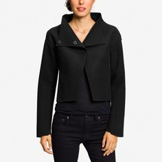 Cropped wool jacket from a sustainable company