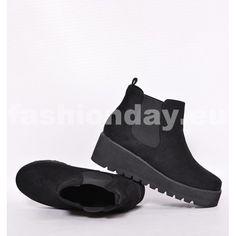 Dámske topánky čiernej farby s hrubou podrážkou - fashionday.eu 5b08a5c0f32