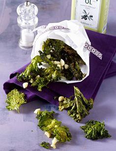 Unser beliebtes Rezept für Grünkohl-Chips mit Macadamianüssen und mehr als 55.000 weitere kostenlose Rezepte auf LECKER.de.