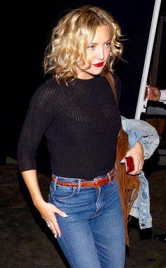 Kate Hudson. Black Top, Brown Belt and Blue Jeans.