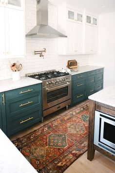 Kitchen Cabinet Design - CLICK THE PICTURE for Various Kitchen Ideas. #kitchencabinets #kitchendesign
