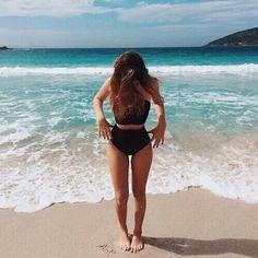 Imagem de girl, summer, and beach
