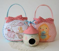 Free Easter egg bag pattern and tutorial  #easter #free tutorial #bag #craft