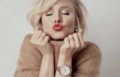 hello hollywood Kristen Bell, Other Woman, Daniel Wellington, Crushes, Hollywood, Celebrities, Beautiful, Women, Fashion