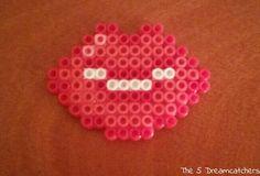 #hamabeads #pyssla #pixelart #handmade #diy #emoticonos #beso #kiss