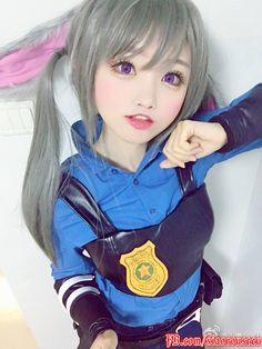 https://www.facebook.com/pg/xiaorouseeu/photos/?tab=album&album_id=1721213991423498