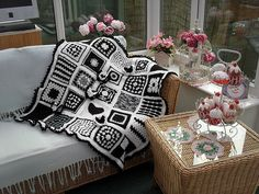 Adorable - but this will become quite a dated piece - how well will these types of dated pieces find a place in future hearts and homeS???/  of course, the yarn can always be harvested, but............Black & White...Really Love This!