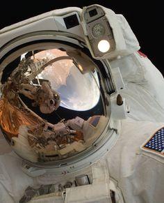 NASA Releases Beautiful 'Gravity'-Inspired Photo Set Ahead of Oscar Night