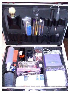 My Mobile Nail Tech Box # tools Mobile Nail Salon, Mobile Beauty Salon, Home Nail Salon, Mobile Nails, Nail Salon Decor, Mobile Nail Technician, Nail Organization, Nail Station, Mobile Spa