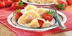 Pierogi z truskawkami Toddler Meals, Fruit Salad, Pudding, Desserts, Food, Tailgate Desserts, Fruit Salads, Deserts, Custard Pudding
