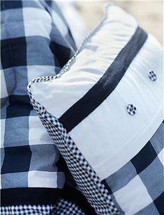 Bettwäsche Anne Blue Mit der neuen karierten Bettwäsche von Marieke at Home ist guter Schlaf garantiert. Wir bieten Ihnen die Wende- Bettwäs...