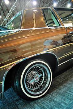 Lifestyle Car Club - Gold Dust Woman