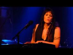 Wow...what a story she has...Beth Hart - Better Than Home - 3/2/15 The Birchmere, Alexandria, VA - YouTube